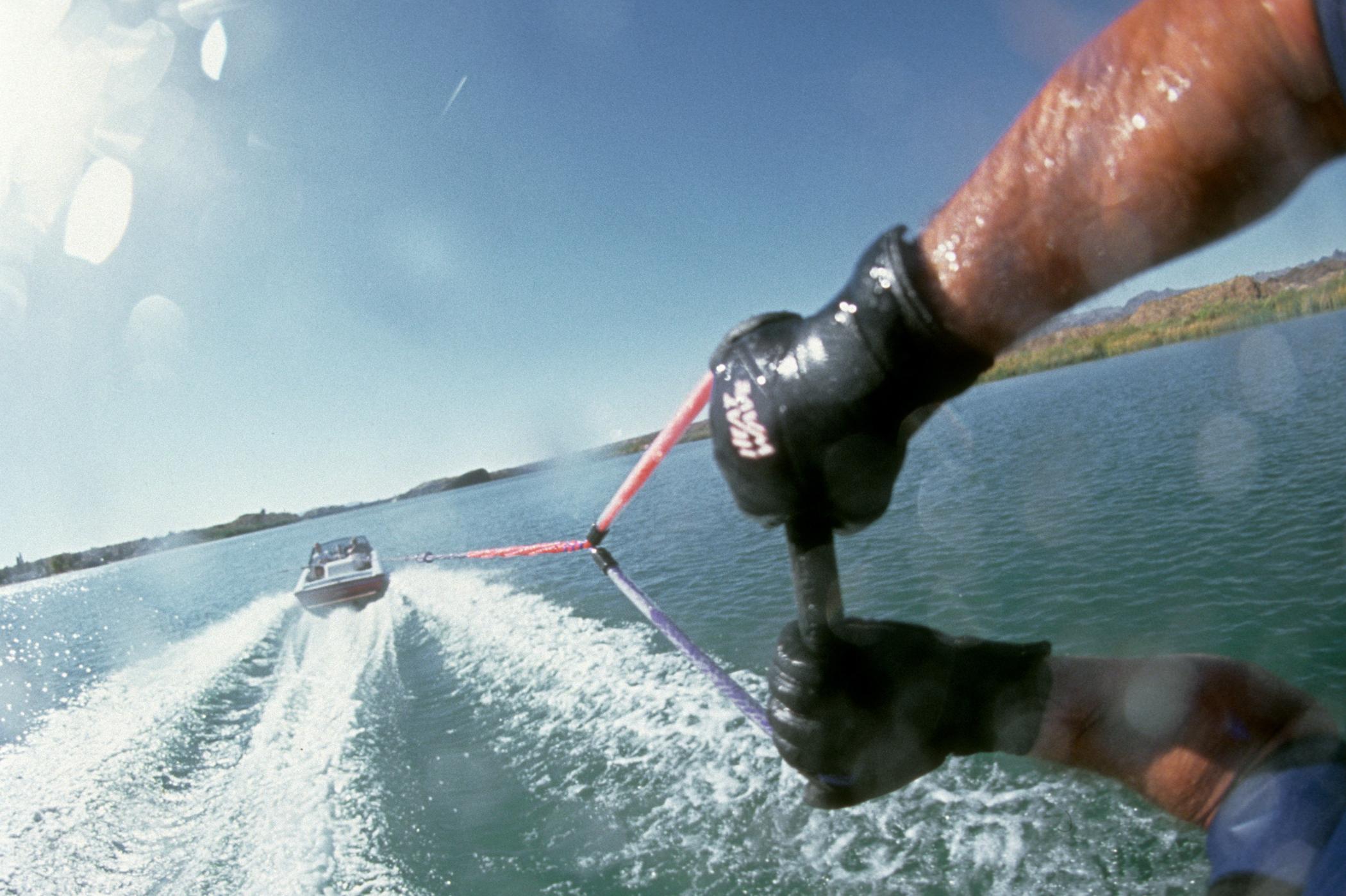 h_TonyKlarich.com_Water_Skiing_GoPro_HELMETCAMFOIL_Creative_Commons_Free_3MR